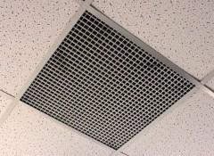Особенности и аналоги вентиляционных потолочных решеток «Сота» Армстронг