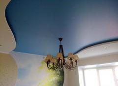 Сатиновый натяжной потолок — как его мыть?
