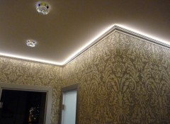 Особенности и выбор плинтуса для подсветки потолка