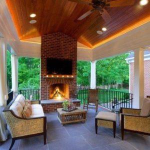Из чего сделать потолок на открытой веранде?