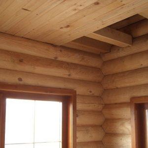 Из чего сделать потолок в доме из сруба