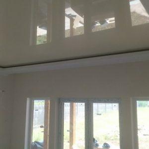Использование в каркасных домах натяжных потолков