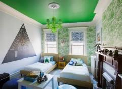 Использование в интерьере зеленых натяжных потолков
