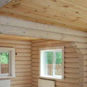 Дом из оцилиндрованного бедра — какой потолок лучше сделать?