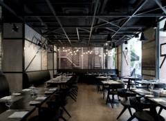 Варианты оформления потолков в кафе