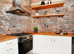 Варианты стеновых панелей под кирпич для кухни