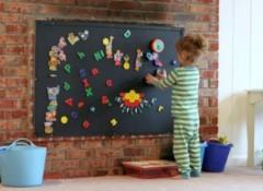 Решение в дизайне — грифельная доска на стену