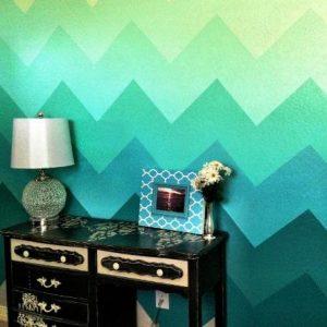 Как с помощью водоэмульсионной краски покрасить стены с рисунком?