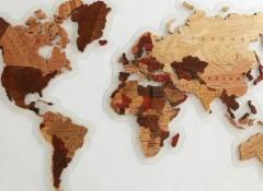 Особенности и варианты карт мира из дерева на стену