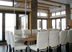 Особенности и примеры подвесных столов на цепях