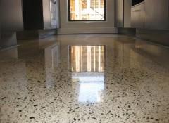 Как сделать полированный бетонный пол?
