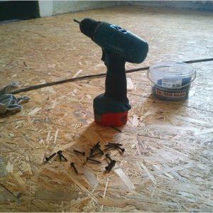 Как с помощью ОСБ плиты выровнять деревянный пол