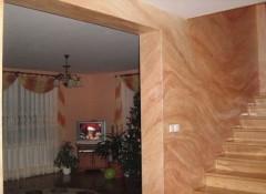 Варианты и особенности отделки стен под мрамор