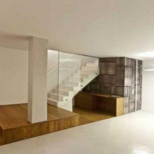 Из чего сделать отделку стен в подвале?