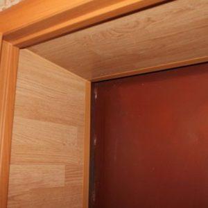 Использование ламината для отделки дверных откосов