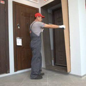 Особенности отделки дверных откосов доборами
