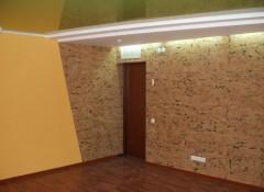 Использование для оформления стен пробковых обоев
