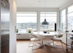 Особенности оформления интерьера кухни с панорамным окном