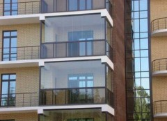 Балкон с панорамными окнами — как его утеплить?