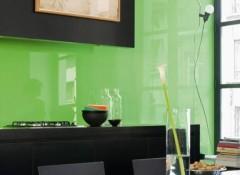 Преимущества и тонкости облицовки стен стеклом
