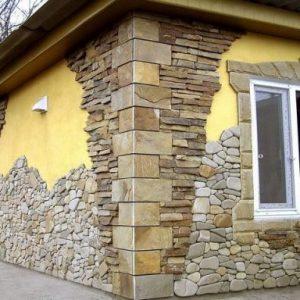 Использование песчаника для отделки фасада дома