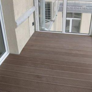 Использование на балконе террасной доски