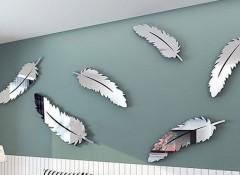Особенности применения зеркальных наклеек на стену
