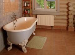 Что в деревянном доме постелить на пол в ванной?