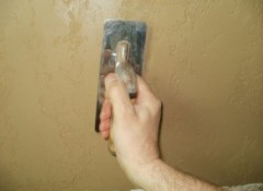 Использование глины для внутренней отделки стен