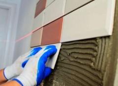 Использование керамической плитки для облицовки стен