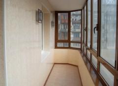 Использование пластика для отделки балкона