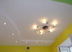 Дыра в гипсокартоне на потолке — как заделать?