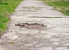 Как своими руками отремонтировать бетонную дорожку?