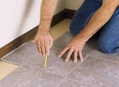 Как своими руками укладывать на пол ПВХ плитку?