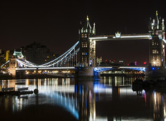 Как правильно выбрать фотообои ночной город?