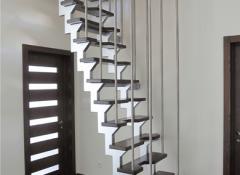 Лестницы гусиный шаг – почему они так популярны?